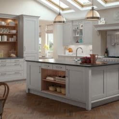 The Burleigh Painted Shaker kitchen, available from Riley Jaems Kitchens Goucestershire