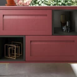 Haresfield Graphite and Chicory Red_Cameo 6_ - By Riley James Kitchens, Gloucestershire