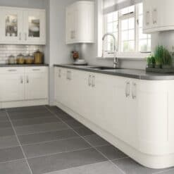 Tewkesbury shaker Kitchen - Painted White, from Riley James Kitchens Gloucestershire