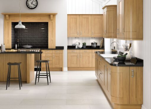 Tewkesbury shaker Kitchen - Oak, from Riley James Kitchens Gloucestershire